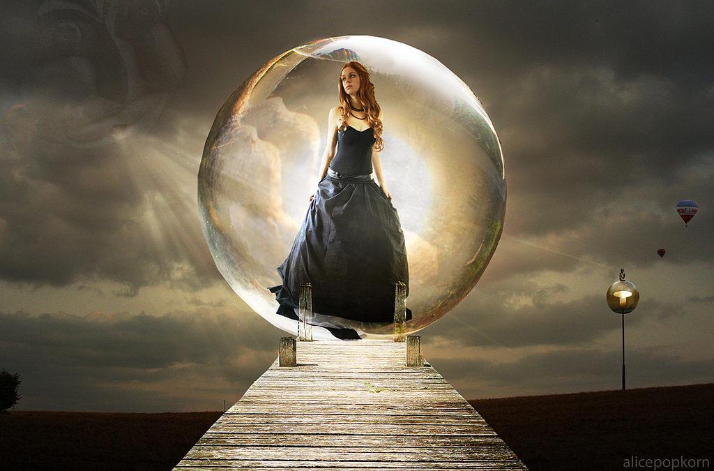 ¿Salir de la burbuja ó permanecer en ella ?…